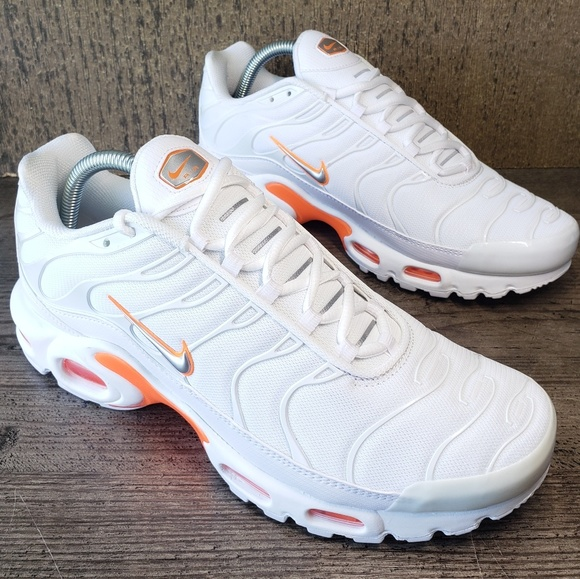 timeless design be54a 1061f Nike Air Max PLUS TN Tuned SE Men's White /Orange NWT
